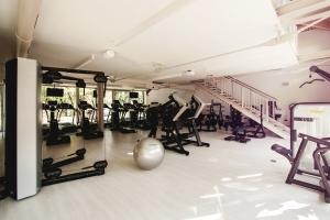 gym-595597_1280
